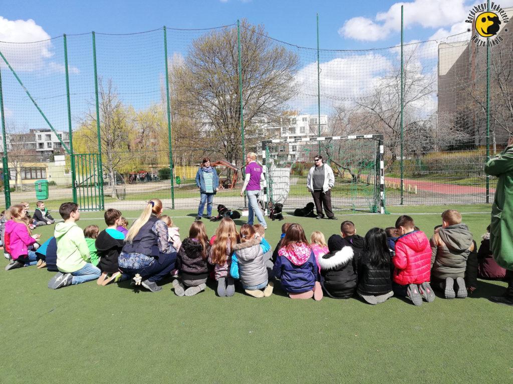 We visited the Számítástechnikai Általános Iskola (Primary School of Computing) in Budapest.